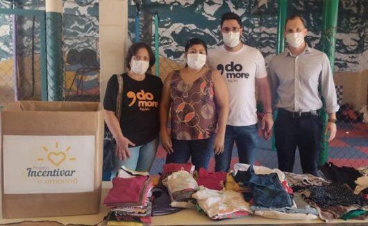 Colaboradores da Log Lab fazem doações para creche